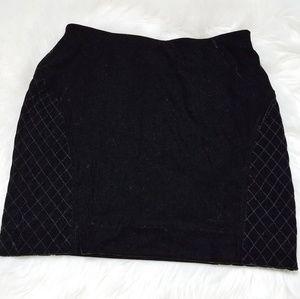 🛒 Simply Vera Wang Petite Black Velvet Mini Skirt